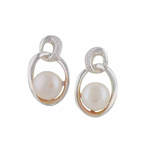 Linked Oval Silver Freshwater Pearl Earrings