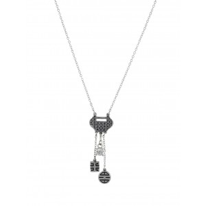 Circle and Square Pendant Fashion Necklace