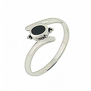 Curve Shaft Black Onyx Silver Ring