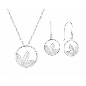 Open Circle Flower Petal Pendant and Drop Earrings Set