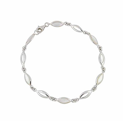 7 Unforgettable Silver Bracelet Styles You'll Love