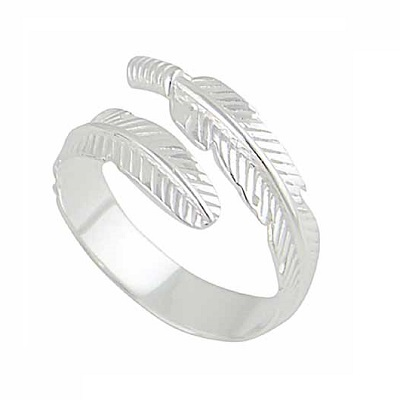 Beautiful Silver Ring That Will Make the Perfect Gift