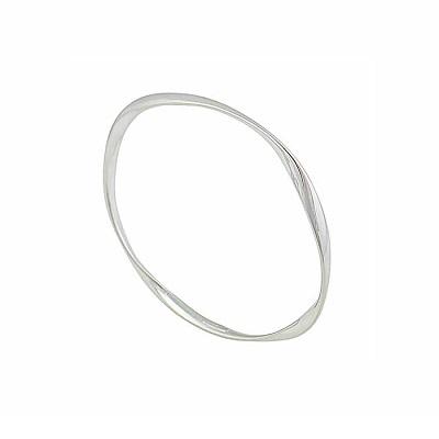 Silver Bangles to Transform the Wrist