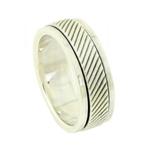 Diagonal Etched Spinner Ring